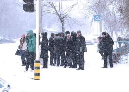 У Дніпропетровську всіх водіїв закликають долучитися до флешмобу