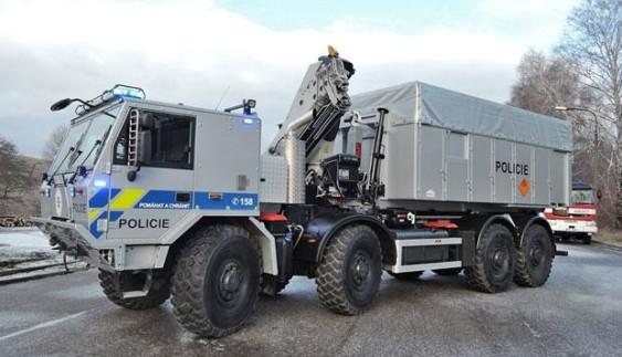 Tatra створила броньовану вантажівку, що витримує вибух авіабомби