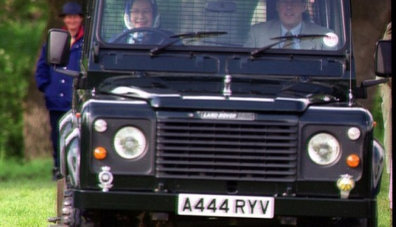Знаменитий Land Rover Defender припинив своє існування