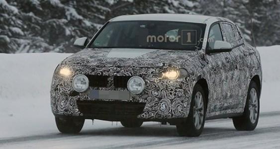 Компанія BMW вивела на зимові тести кросовер X2