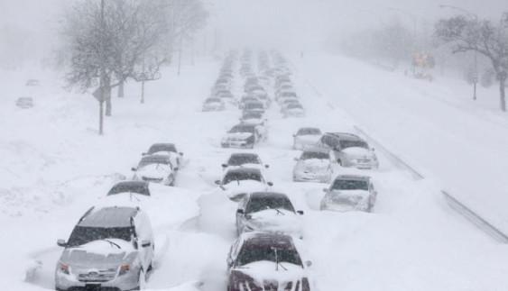 До уваги водіїв: як не стати жертвою снігового полону