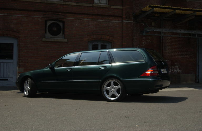 mercedes-benz-s-class-station-wagon-2006-59