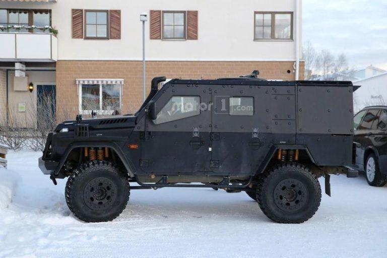 mercedes-g-class-light-armoured-patrol-vehicle-spy-photo-12 (1)