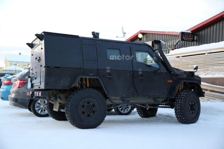 mercedes-g-class-light-armoured-patrol-vehicle-spy-photo-15