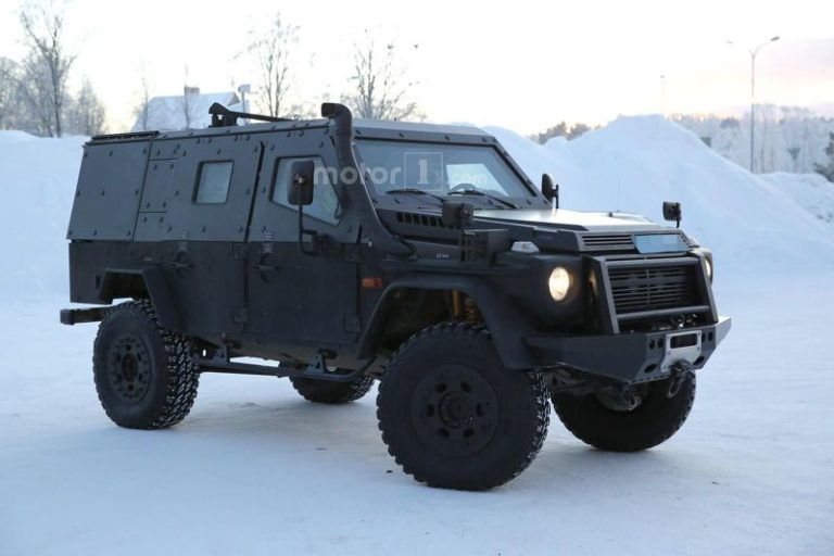 mercedes-g-class-light-armoured-patrol-vehicle-spy-photo-16