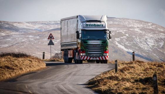 Відеошок: краш-тести вантажівок (відео)