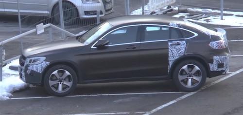 Новий Mercedes GLC Coupe помічений практично без камуфляжу