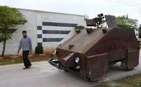 Саморобна сирійська машина управляється за допомогою Game Boy (відео)