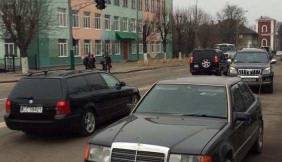 Поліція оштрафувала депутатів-порушників просто під час сесії