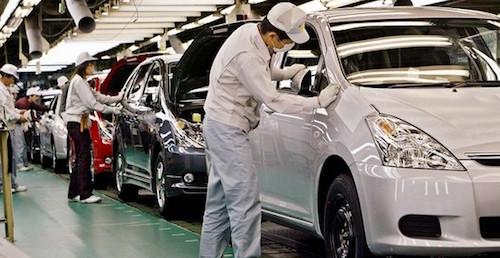 Toyota зупинила виробництво автомобілів в Японії