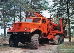 """КрАЗ-255Б – вантажний автомобіль підвищеної прохідності з прізвиськом """"Місяцехід"""""""