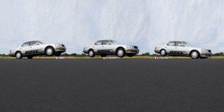 """Дивовижно: легковий автомобіль стрибає через """"лежачих поліцейських"""" (відео)"""