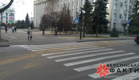 """Дороги в Україні посипають тільки для """"обраних""""?"""
