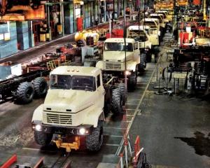 КрАз знизив ціни на автомобілі для інших країн