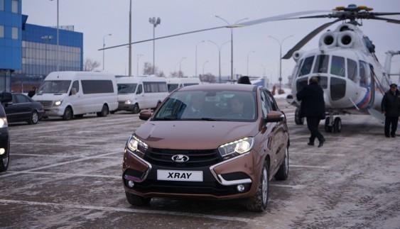 АвтоВАЗ показав, як збирають Lada Xray (ВІДЕО)