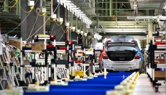 Найбільша автомобілебудівна компанія повністю відновила роботу