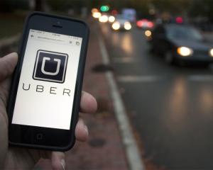 Київські таксисти погрожують страйком через Uber