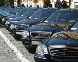 Стало відомо, скільки коштує автопарк Адміністрації президента