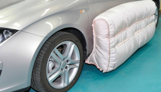 Подушки безпеки тепер будуть і зовні авто
