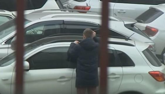 Журналіст у столиці тричі викрадав автомобіль (ВІДЕО)