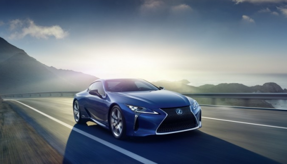 """У Lexus """"придумали"""" нові автомобілі"""
