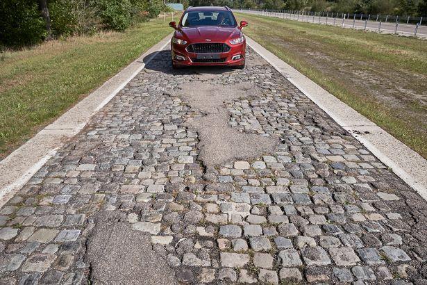 Potholed-roads (1)
