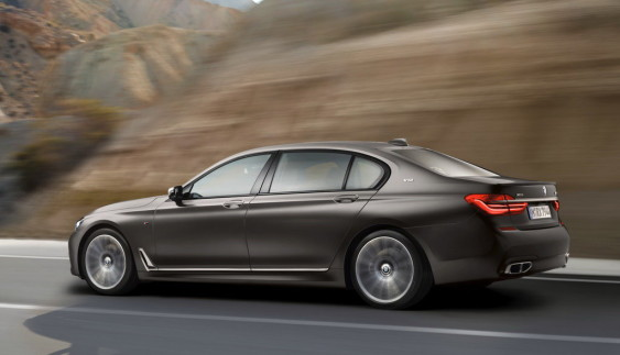 BMW 7-Series вперше отримала M-версію