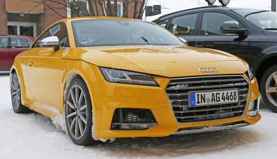 Шпигуни сфотографували прототип Audi TT RS з «механікою»