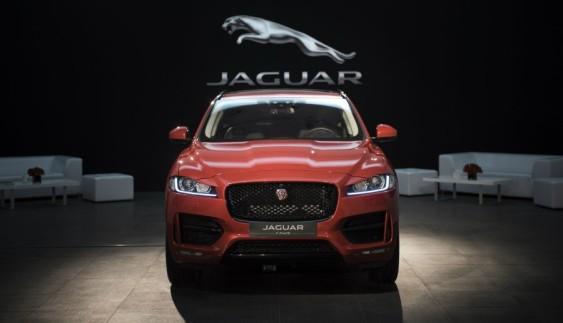 У Києві продемонстрували перший кросовер Jaguar (ФОТО)