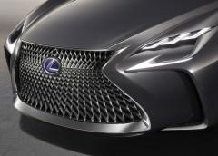 Lexus LS 2018 отримає «крутий інтер'єр» (ФОТО)