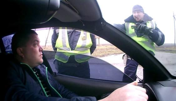 Українець жорстко поставив на місце ДПС РФ (Відео)