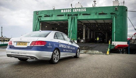 Mercedes-Benz E-Class проїхав з Африки до Великобританії на одному баку палива