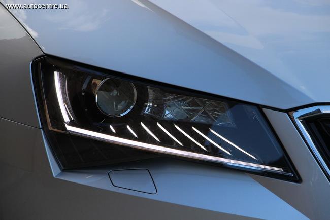 skoda-superb-avtomobil-2016-goda-v-ukraine-4