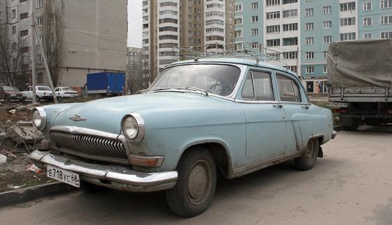 Скільки українців їздять на старих авто: цифра вражає