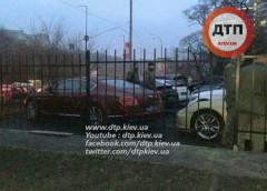 У київському автосалоні не поділили Bentley