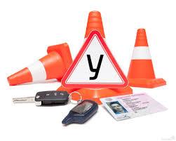 Учні автошкіл залишилися без водійських прав (відео)