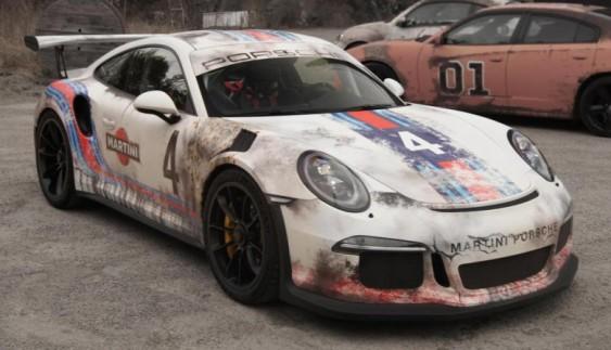 """Власник спеціально """"зістарив"""" свій новенький Porsche 911 GT3 RS"""