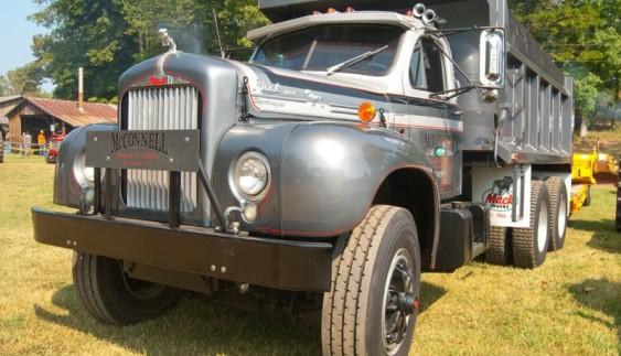 Культові американські вантажівки Mack