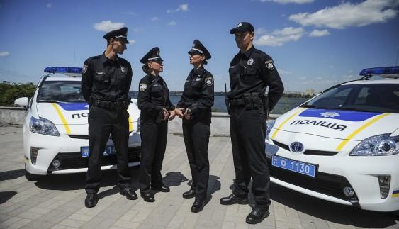 """""""Штани загубите!"""", або як блондинка чіплялась до поліцейських"""