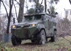 Бронеавтомобіль «Тритон» виходить на охорону українського кордону