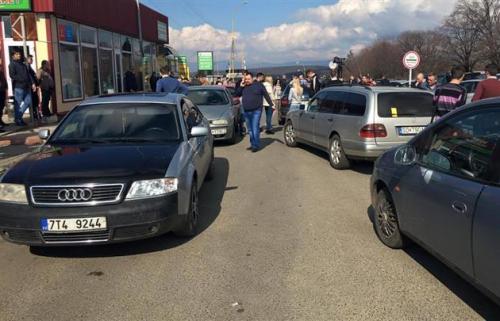 Що буде з авто, які в'їдуть в Україну на іноземних номерах