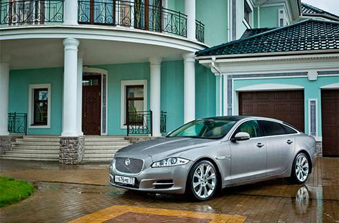 Новий Jaguar XJ стане надзвичайно розкішним гібридом