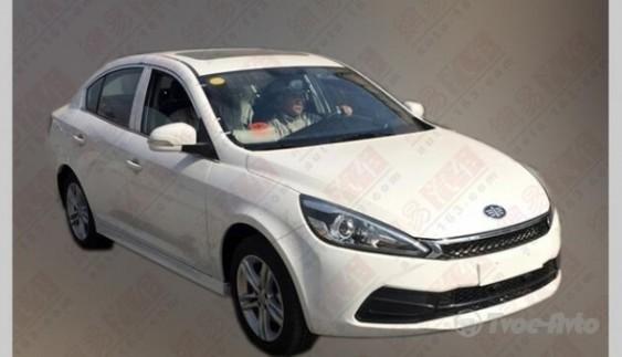 У Мережі з'явилися фото седана FAW Junpai A50
