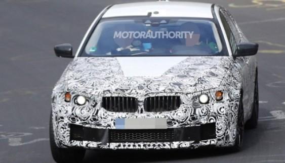 Компанія BMW тестує нове покоління седана M-5