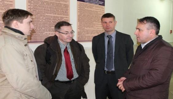 Представники ЄС цікавилися, як в Закарпатті отримують водійські права
