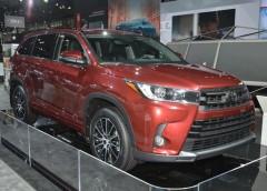 Toyota представила оновлений позашляховик Highlander