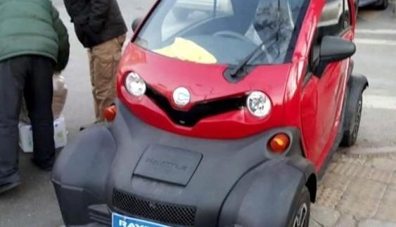 Китайці побудували клон електрокара Renault Twizy за $ 4 300