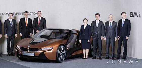 BMW планує випустити I8 Roadster