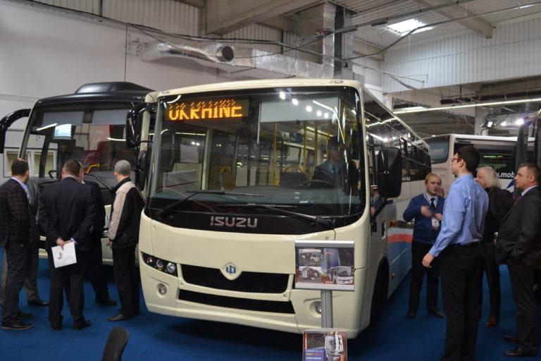 1novye-ukrainskie-avtobusy-na-vystavke-v-polshe_1