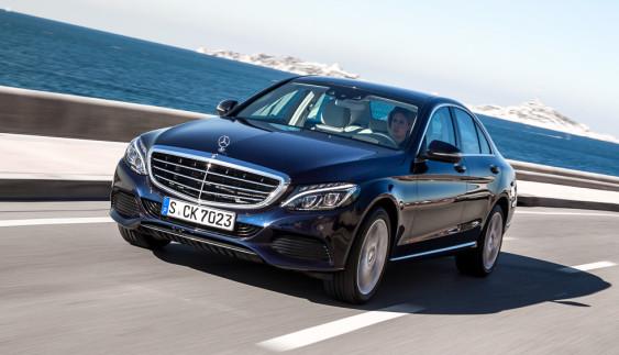 Новий завод Mercedes: замість Росії оберуть іншу країну